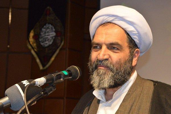 هدف امام حسین، جدا کردن حساب دین از حکومت فاسد بنیامیه بود