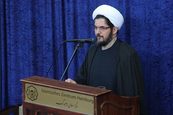 دین اسلام دینی جهانی و ابدی است و مخاطبش همه انسانها هستند